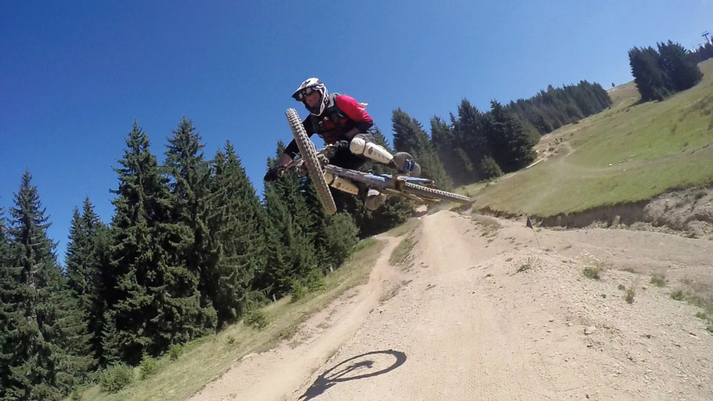 WATCH: Our TOP TEN TIPS for riding single track